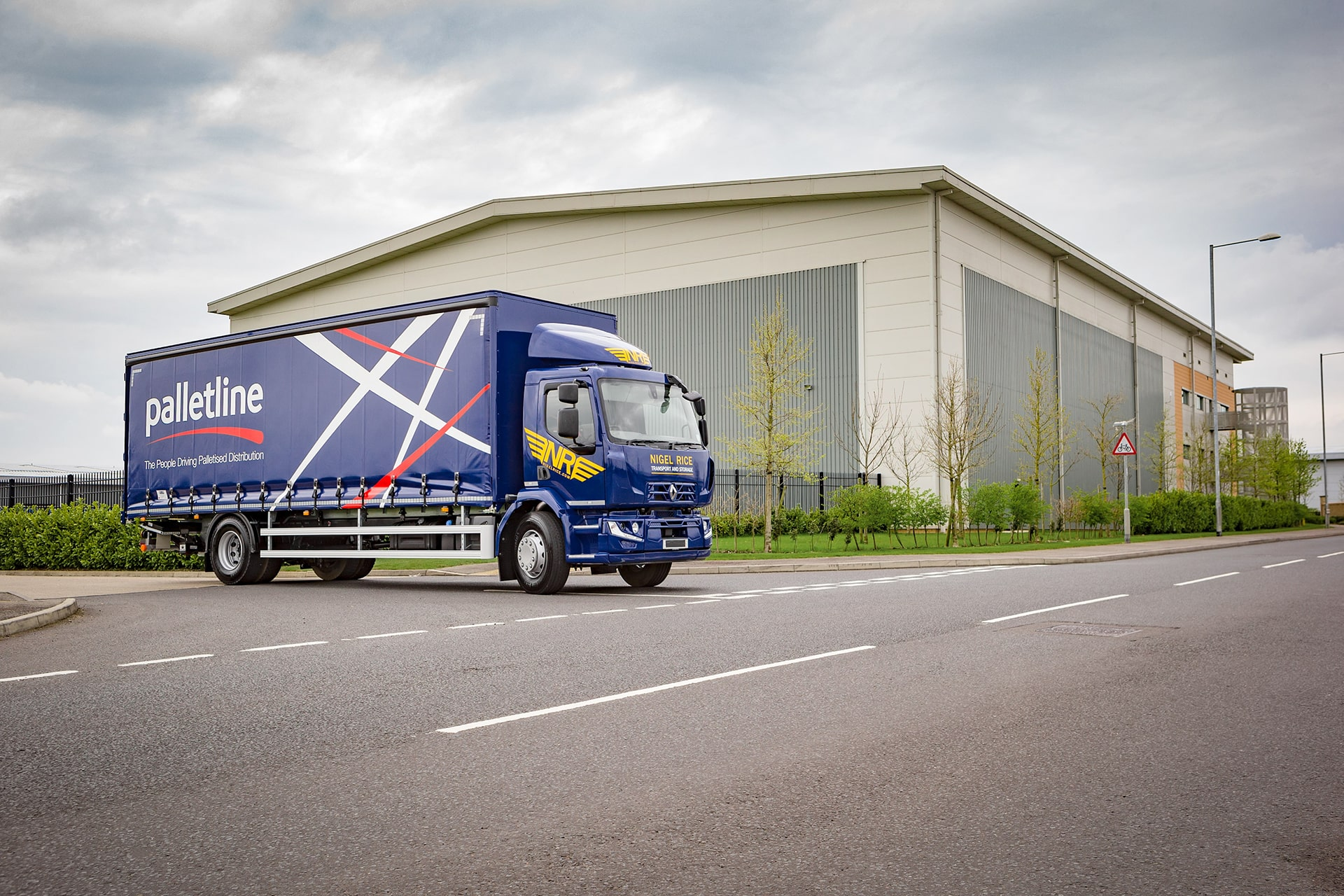 groupage hull, transport logistics hull, haulage hull